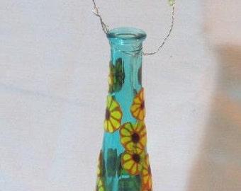 Enahnced bud vase