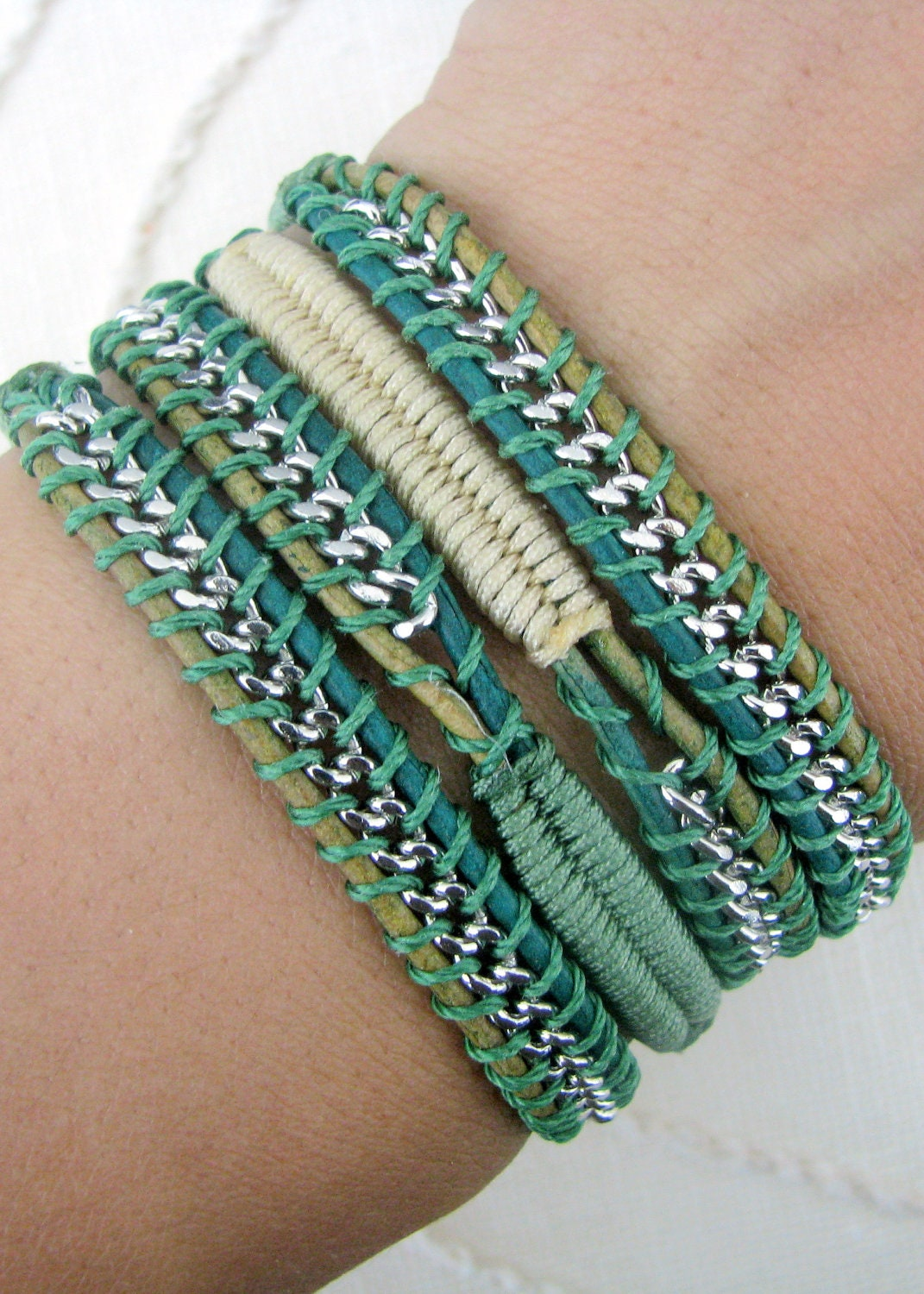 macrame wrap chain wrap bracelet with macrame in fern and change thread 5016