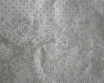Vintage Ecru Damask Fabric,  Vintage Tablelcloth Fabric Yardage, Vintage Textiles
