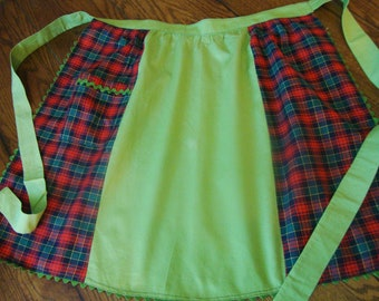 Red Plaid Apron Vintage Green Details 1950s Aprons