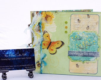 Chipboard Album Summer Breeze with Sunflowers and Daisies