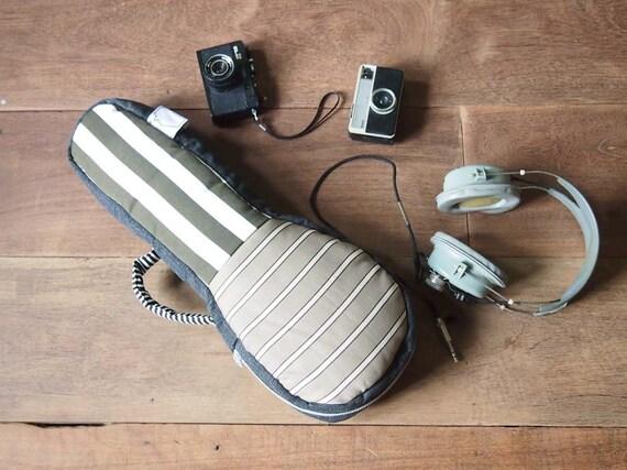 Something Brown - Creamy Brown and White Stripe Ukulele Bag (Soprano Size)
