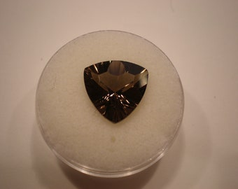 Beautiful trillion cut smoky quartz loose gemstone present gift birthstone healing
