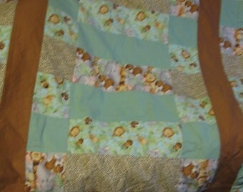 Extra Warm 43 x 54 Toddler Bed Size Jungle Babies quilt