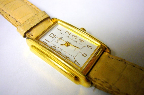 GUESS Watch Wristwatch White Unique Vintage Wrist Watch Rare Rectangular Collectable 1990 Model