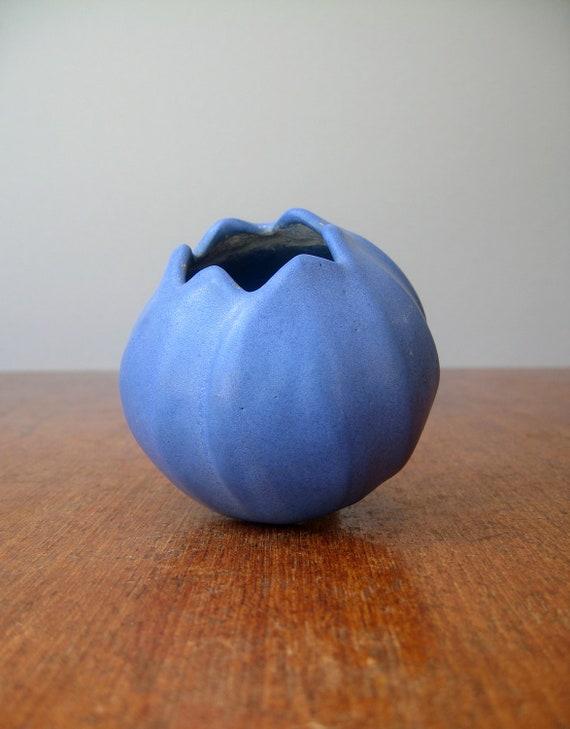 Vintage Blue Vase Attributed to Niloak