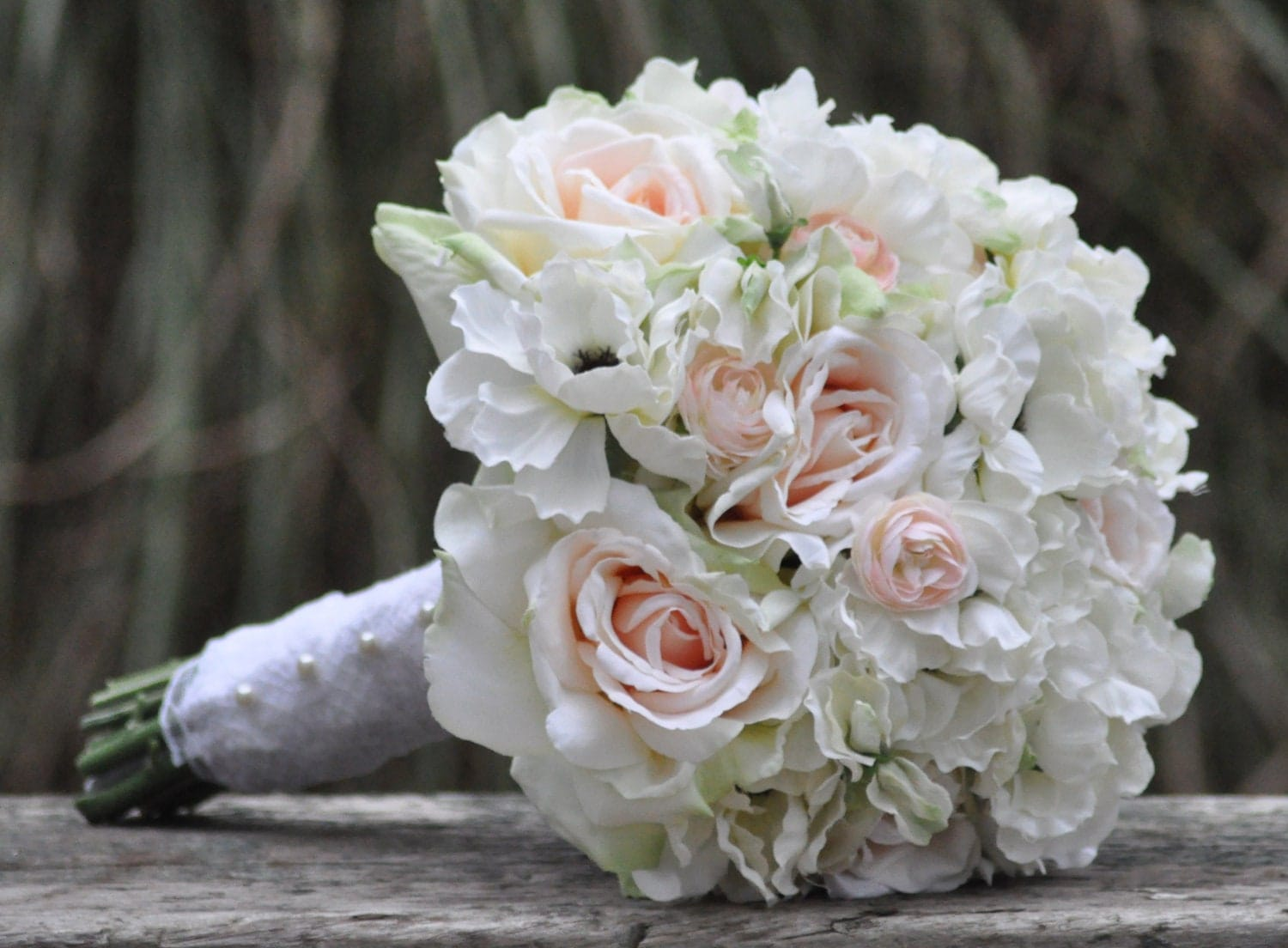 pink ivory rose wedding flowers