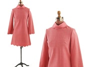 Vintage 1960's Hot Pink Knit Mini SHIFT Scalloped Petal Dress S
