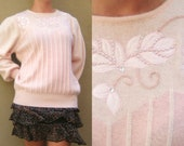 80s Pink Knit Sweater SZ medium with ribbing flowers vine leaves free shipping