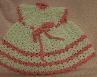 POT HOLDER Dress Vintage  Circa 1950s Hand Made Pink White Crochet