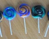 Large swirly Halloween lollipops