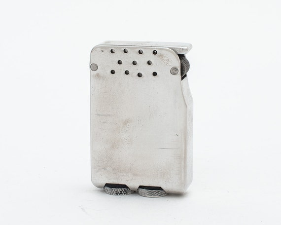 Working Beacon Dub-L-Ite Aluminum Double Wick Pocket Lighter from the 1940s