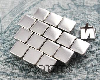 500Pcs 8mm Silver Flat Square Studs (SFQ08)