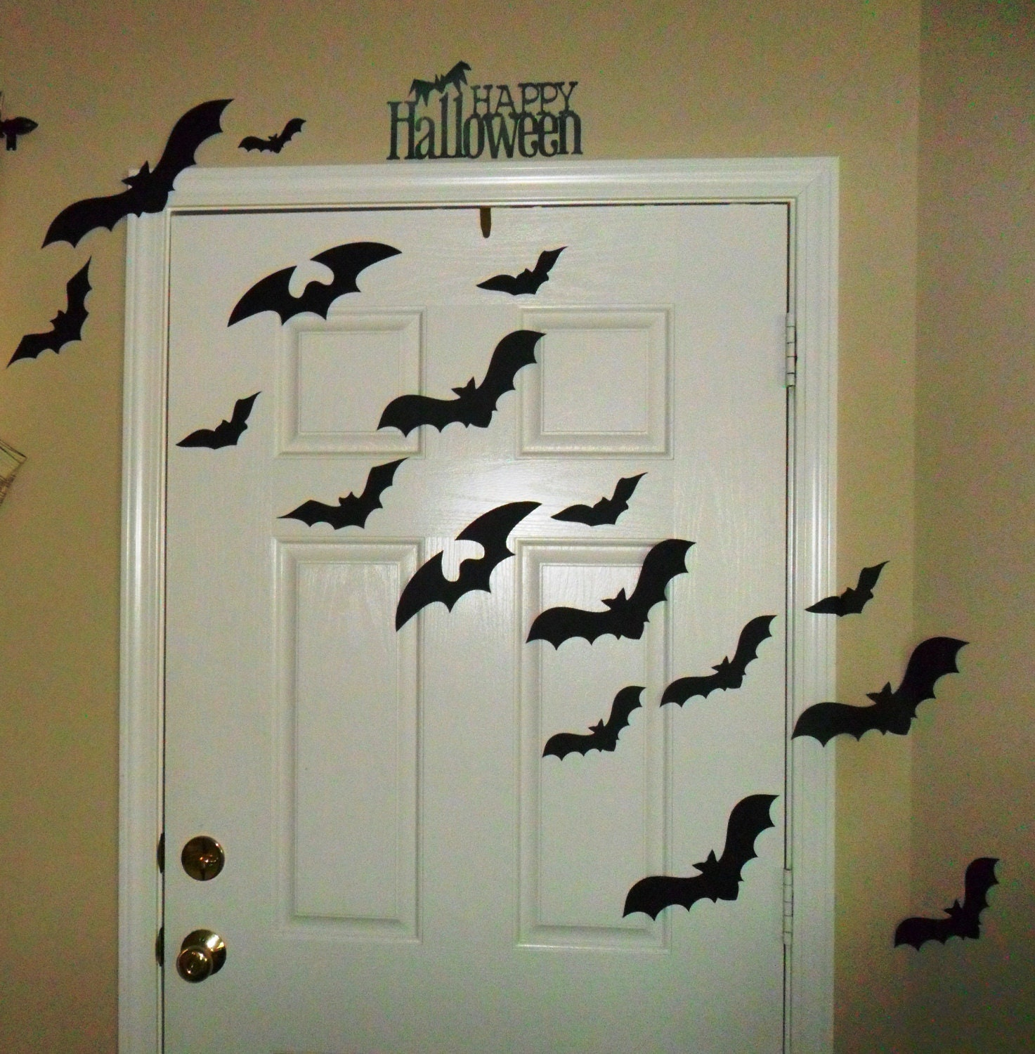 Happy Halloween Tips On Home Decoration 1: Halloween Decoration Halloween Door Decorating Kit With Bats