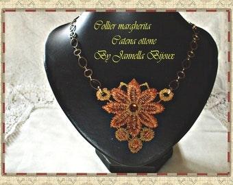 necklace pendant macramè lace embroidered with swarovski