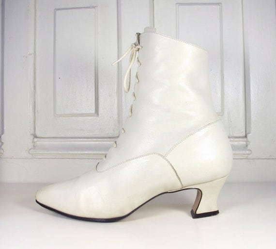 Vtg 90s Avant Garde Leather Granny Boots / Cream Leather Victorian Style Boots / Women's Size 7 US - 37.5 Eur - 4.5 UK
