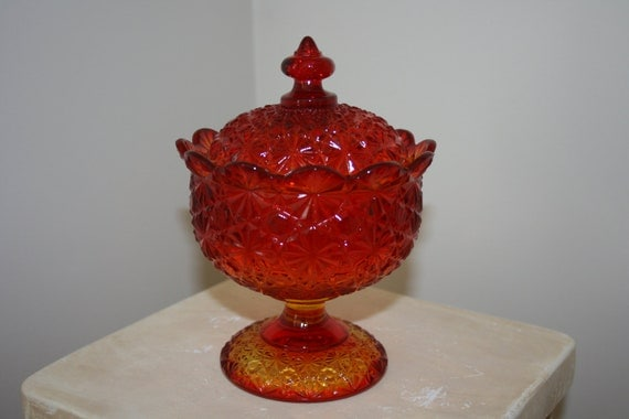 Vintage L.G. Wright by Fenton Amberina Red Orange Yellow Covered Candy Dish Daisy and Button Pattern
