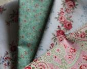 Four Vintage Cotton Shabby Chic Napkins