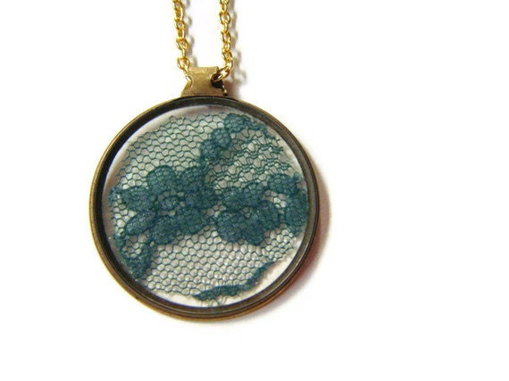 Antique monocle with green lace pendant necklace
