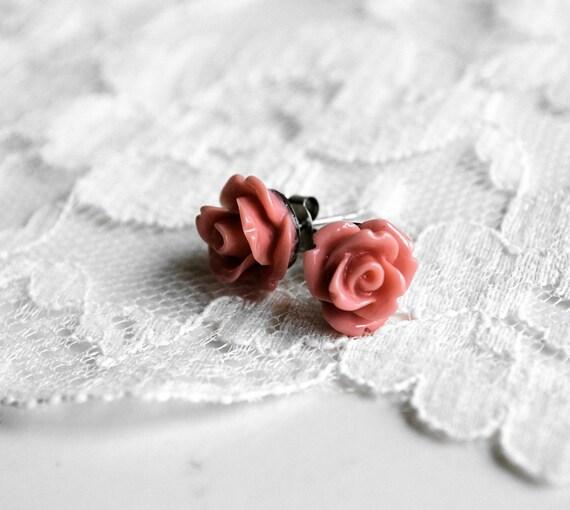 Vintage Pink Rose Earrings - Resin Rose Earrings - 10mm - flower earrings - rose studs - flower studs - nature jewelry - bridesmaid jewelry