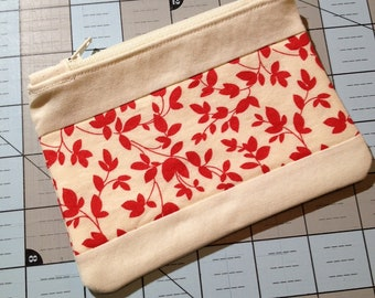 Small Zipper Pouch - Red Floral