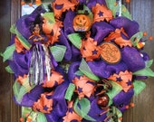 Deco Mesh HALLOWEEN WREATH with Happy WITCH