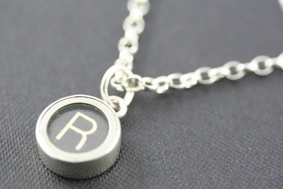 Typewriter key jewellery - letter R vintage typewriter key set in solid silver  -  silver belcher chain necklace. Men or women.