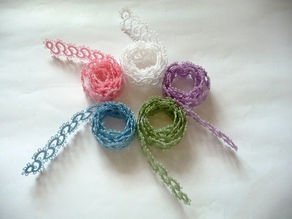 Handmade lace tatting