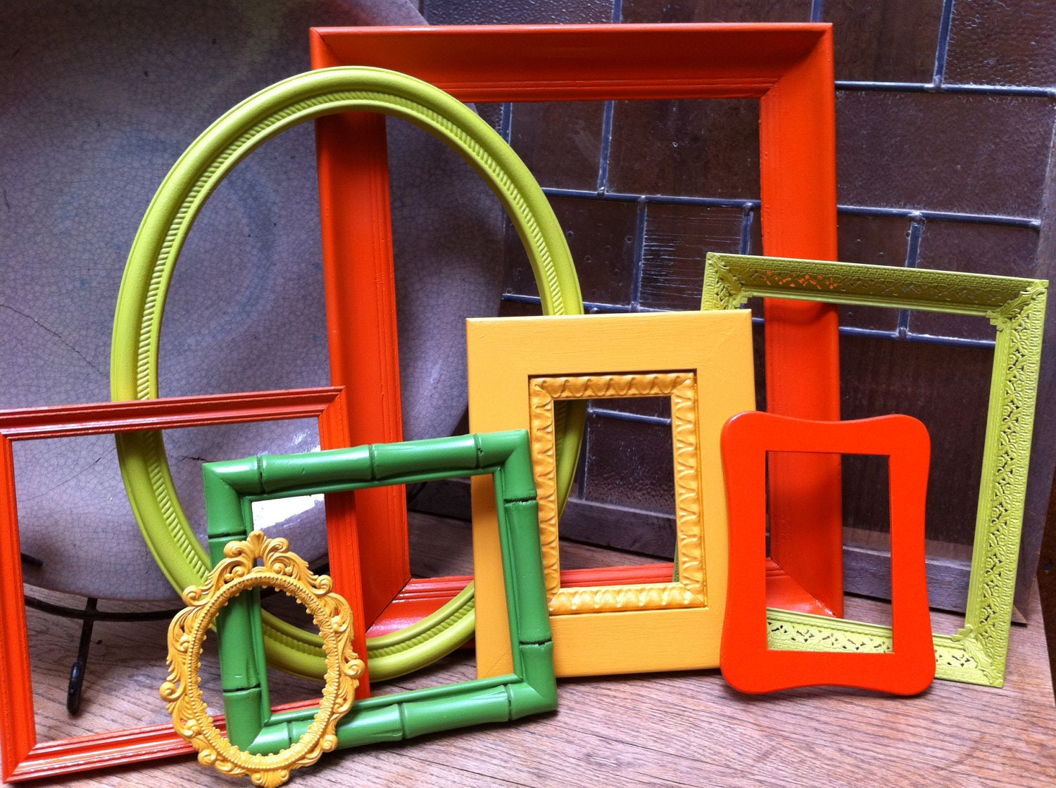 Vintage frames lime pinocchio funky home decor bright for Funky home accessories