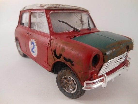 1960 Austin Mini 1/24 scale model car in red