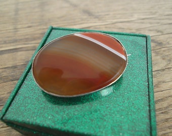 Victorian Scottish Banded Agate Brooch c1880s