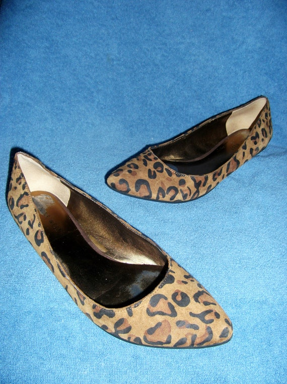 Oct 04,  · Kenzo Patent Leather Leopard Print Lace Ups Flats Oxfords 38 Email to friends Share on Facebook - opens in a new window or tab Share on Twitter - opens in a new window or tab Share on Pinterest - opens in a new window or tab.