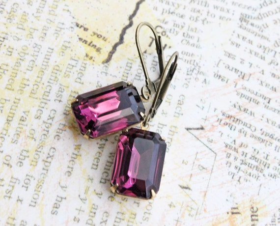 Vintage Amethyst Glass Earrings. Purple Earrings, Sparkly, Romantic, Bridesmaids Earrings. Fall. Wedding. Estate Earrings