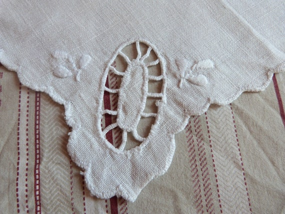 10 Antique French tea napkins in linen w lace, embroidery, drawnwork, cottage chic vintage table linens