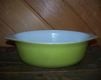 Pyrex Lime Green Casserole 1.5 Qt Vintage