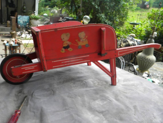 Nice Vintage Antique 1930s Child Youth Wheelbarrow Toy