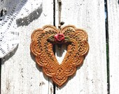 Prairie Rose Heart Wall Hanging / Rustic Chic Farmhouse Decor / Country Victorian Decoration / Gift Idea