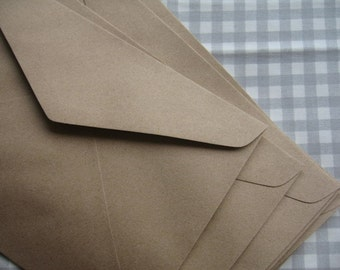 Brown Kraft  Paper Envelopes -- Set of 20  ( Large Size : 6 3/8 x 9 inches or 16 x 23 cm.)