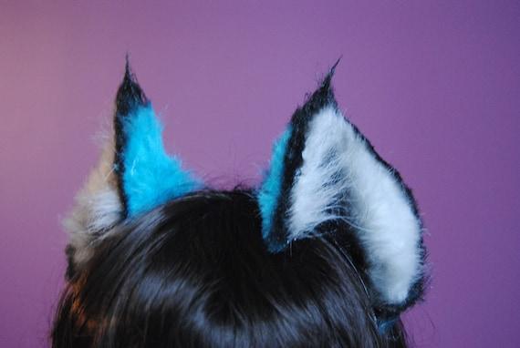 blue lynx ears