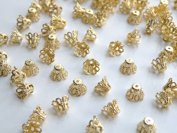 50 Bead caps scalloped basket shiny gold plated brass 7mm (fits 7-9mm beads) 5999FN