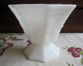 Vintage Anchor Hocking Milk Glass Bowl