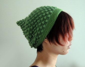 Christams Pixie Hat in Green, Slouchy Pixie Beanie for Women and Men, Bubble Pointy Hat, Elf Hat, Slouchy Beanie, Winter Accessories
