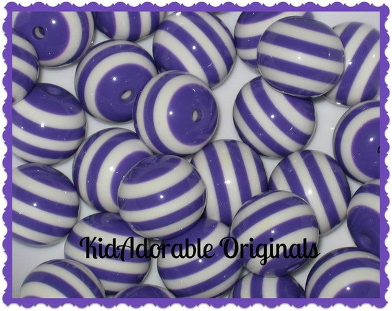 6       20 mm purple and white Chunky Beads