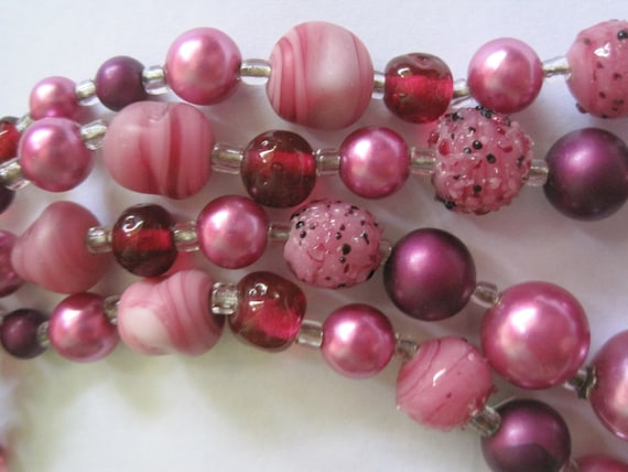 Vintage 1950's Pink and Cherry Art Glass and Faux Pearl Necklace YUM costume jewelry glass beads multi strand Mad Men