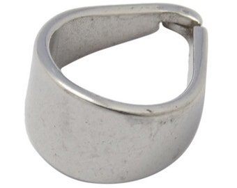 s00305 -  Pinch Bail.   Stainless Steel, Size: about 10.5mm wide, 15mm long, 1mm thick