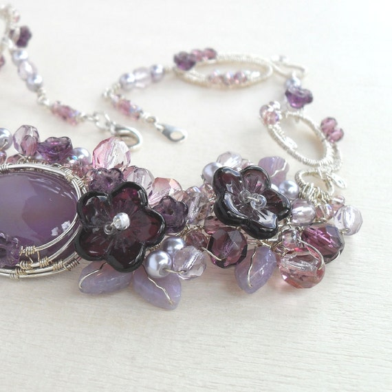 Purple Wire Wrapped Necklace Violet Flower Wrap Jewelry Handmade Silver Plated Floral Weave Short Choker Collar Elegant Boutique Jewelry