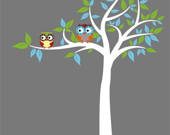 Kids vinyl wall art decal Tree with 2 owls colored leaves