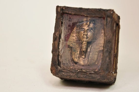 Egyptian King Tut Museum Display 1-inch scale Dollhouse Miniature