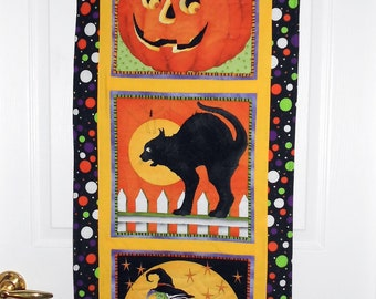 Quilted Halloween Door or Wall Hanging with Tabs