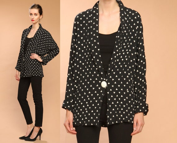 geometric triangle blazer jacket // vintage 80s // black white // graphic dot print // dolman sleeves // small medium